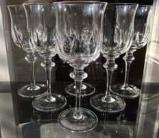 Lot consisting of 6 large fine crystal wine/water glasses