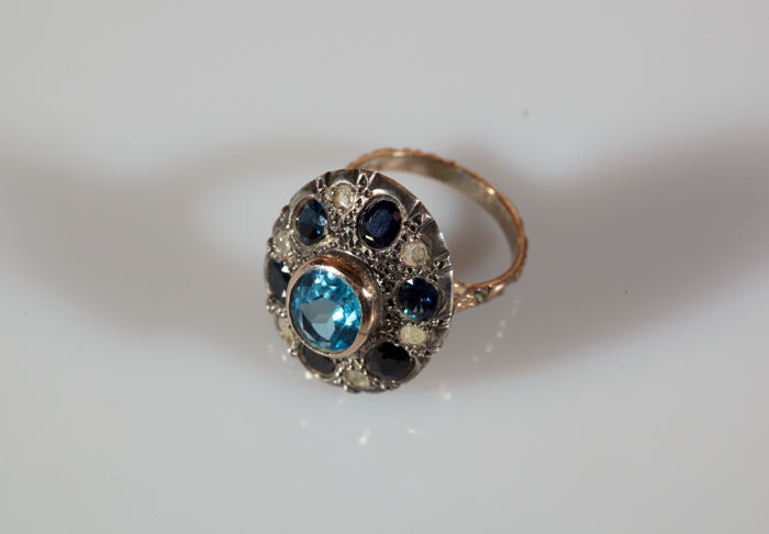 Rose-Gold Ring with Central Azure Topaz, Sapphires, and Diamonds