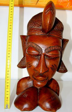 Extraordinary dimensions: Handmade sculpture carved in wood - unique piece - African art: Nigeria, Nok village - weight 7 kg