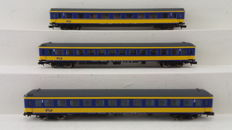 Minitrix N - 15547 - 3-piece ICL express train carriage of the NS