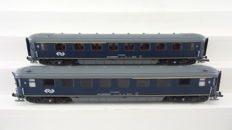 "EloTrains H0 - 100.51-A/100.51-B - 2-part carriage set 1st and 2nd class ""Plan K"" of the NS"