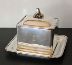 Charles Christofle - Biscuit box with tray - for the East India Company - Numbered - 19th century