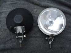 Two SPOTLIGHTS of the brand BOSCH with a diameter 140 mm