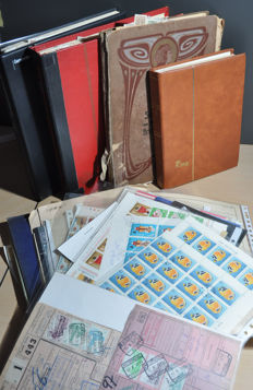 World - Miscellaneous batch in albums, stock books, loose, on sheets and more.