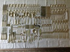 Extensive 179 pieced, silver plated cutlery, Gero, George Nilsson Gentle 692 in original case