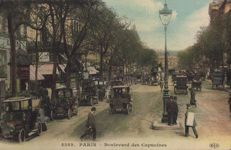 FRANCE - A good selection of 186 old postcards CPA (14x9 cms) all in good conditions and very animated.