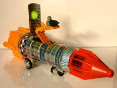"""KY, Japan - Length 45 cm - Tin/plastic """"Space Frontier Apollo 11 Rocket"""" with battery engine, 1960s"""