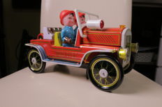 China - Battery operated tin fire chief support car and clockwork tin motor cycle with sidecar