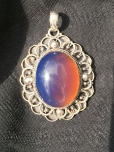 Deepest Blue/Fire fluorescent Amber pendant in solid 925 silver, 14.8 grams weight