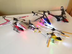 Lot of 5 helicopters