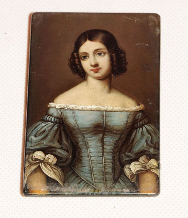 Miniature painting, a lid from a Stobwasser tin - portrait of a lady - Germany - ca. 1820