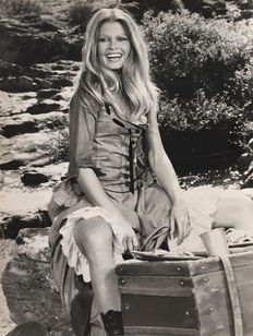 Unknown - Brigitte Bardot, 1971