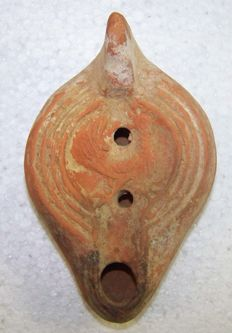 Roman terracotta oil lamp with rooster and palm leaves - 13 cm