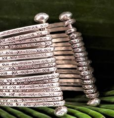 New Unique piece - Solid Handmade Engraved 16 Ring Silver 925 Bracelet - Weight gr. 70,20
