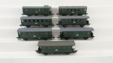 Fleischmann H0 - 5002/5003/5005 - 6 Passenger carriages 3rd class and a postal/luggage car of the DRG