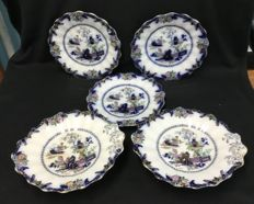 Derby pearlware - 3 plates and two bowls 'Japanese'
