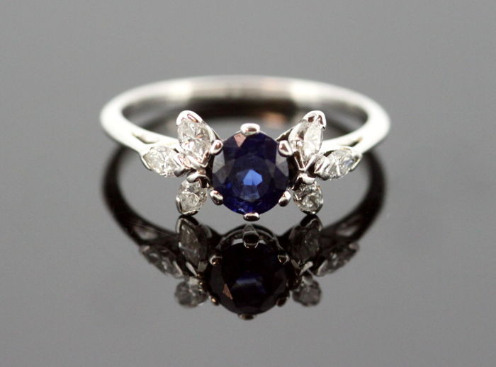 Vintage Platinum Ladies Ring With Blue Sapphire (0.50 CT) and Diamonds (0.18 CT Total) Circa.1950