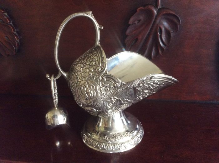 Silver plated coal scuttle shaped sugar or salt bowl