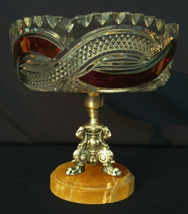 White and red two tone crystal fruit bowl - cut crystal and 800 silver - with onyx base - Val-Saint-Lambert, Belgium - circa 1880/1900