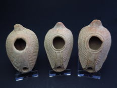 Byzantine terracotta decorated oil lamps - 9.5 - 9 cm (3)