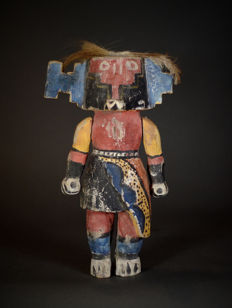 Nice KACHINA Doll  with moving arms from the HOPI Indians. Amerindians ; USA.