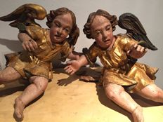 Pair of wooden angels from 1700s