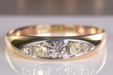 Fine diamond ring with 0.26 Ct - No reserve!
