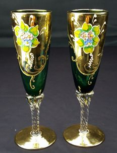 "Set of 2 green flutes ""Three fires"" gilded and hand decorated"