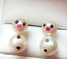 1 pair of earrings in the shape of snowmen and 4 Akoya pearls - 2 x  approx. 7.5 mm and 2 x approx. 6.5 mm - Length: approx. 1.5 cm