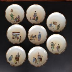 Rare set of 8 Eggshell porcelain plates decorated with street scenes - Japan - ca. 1915 (late Meiji or early Taisho period)