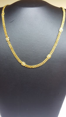 18 kt yellow gold handmade necklace set with carpet-beaters and natural zirconium 48 cm.