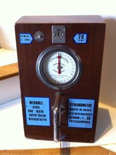 DYNAMOMETER Coin Slot machine SGDG Patent France