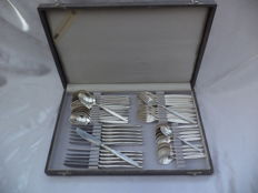 Cutlery cassette -antique- WMF 46-pieced PATENT 90 / 45-30-22-18