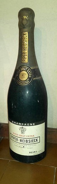 Piper-Heidsieck - very large advertising bottle: 98 cm - 1960s/1970s