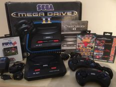 SEGA Mega Drive II Games Console in Original Box + 2 Official SEGA Controllers + 7 Games + All Leads & Cables