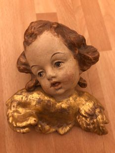 Cherub angel head