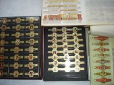 """Cigar bands - beautiful stock lot in 3 albums classified by brand and series plus booklet """"sigarenringen"""" wood industry Picus Eindhoven"""