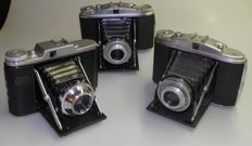 Lot of 3 roll film cameras: 2 x Agfa Isolette ll + 1 x Adox Golf 1950