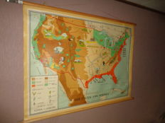 Beautiful school map / school poster of the United States of America by Bakker and Rusch