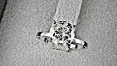 2.04 ct  round diamond ring made of 14 kt white gold - size 6,5