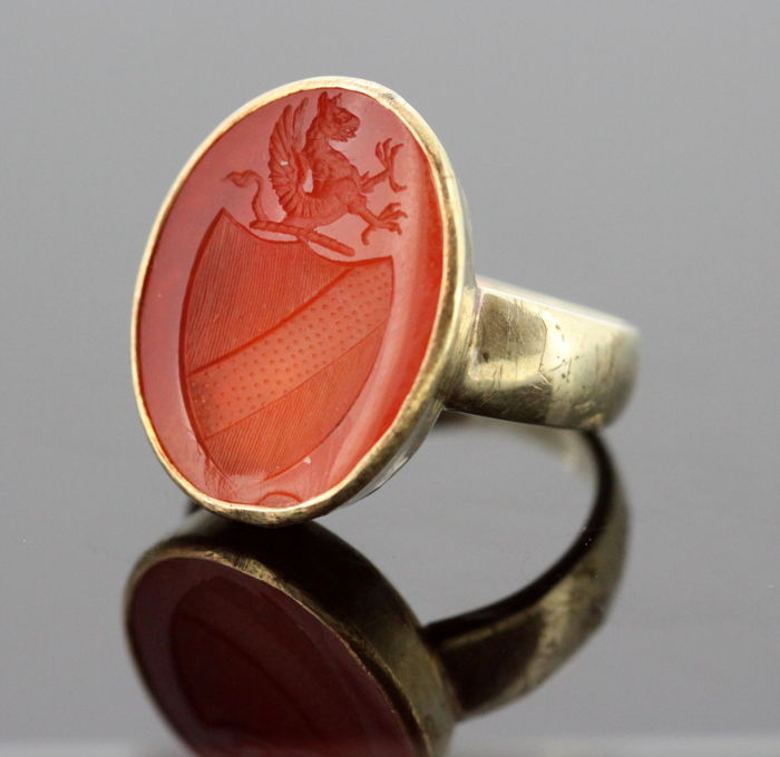 Antique Victorian 15K yellow gold seal ring with Carnelian, circa. 1860's