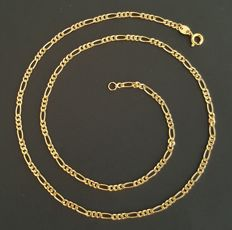 18 kt yellow gold – Figaro link necklace – Length: 45 cm