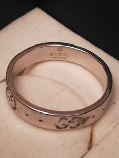 Gucci – 18 kt white gold ring – Size 12