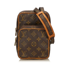 Louis Vuitton - Monogram Mini Amazone Shoulder bag