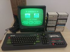 Amstrad CPC 464 Colour Personal Computer with original monitor GT-64