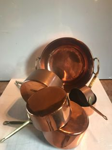 Set of 5 tin-plated saucepans and a jam pan in copper from the 1960s, France