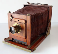 English view camera made of natural wood 13x18 camera base