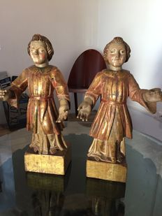 Pair of pageboys in polychrome wood - Italy - 16th century