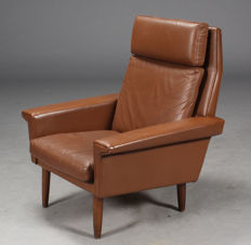 Manufacturer unknown - vintage brown leather armchair
