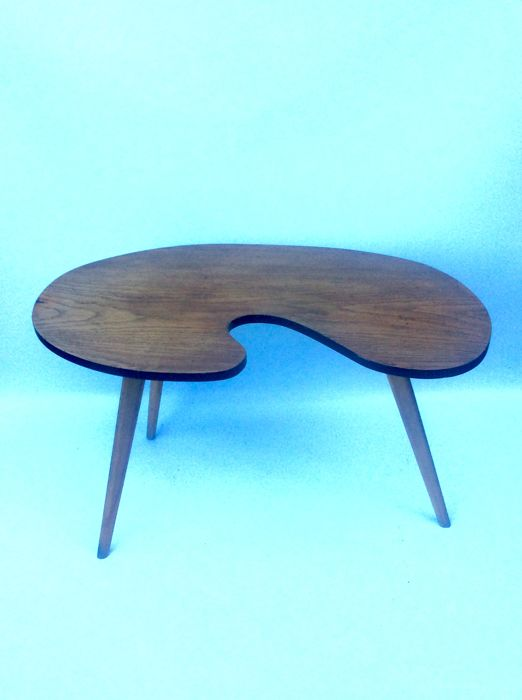 Unknown creator - Low Vintage Free-Form Wooden Tripod Table - Catawiki